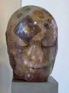 Mirada Interior II Serie de esculturas de resina de polyester cristal pulida y técnica mixta / 2012